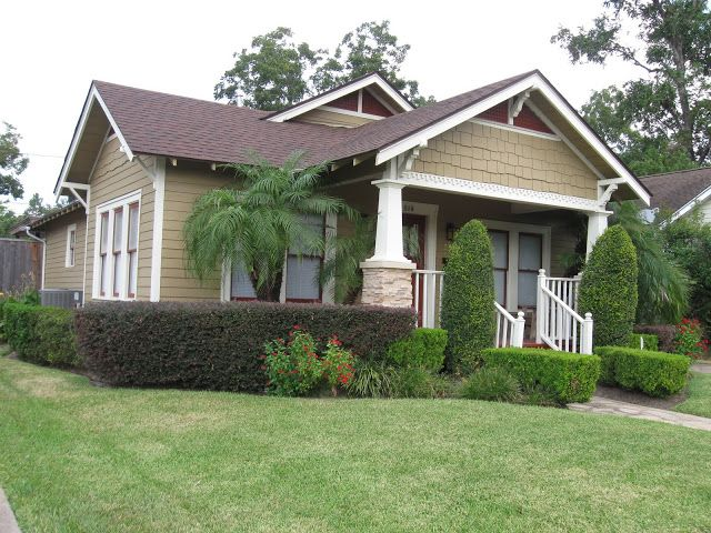 1926 PALM TREE BUNGALOW ~ HOUSTON HEIGHTS