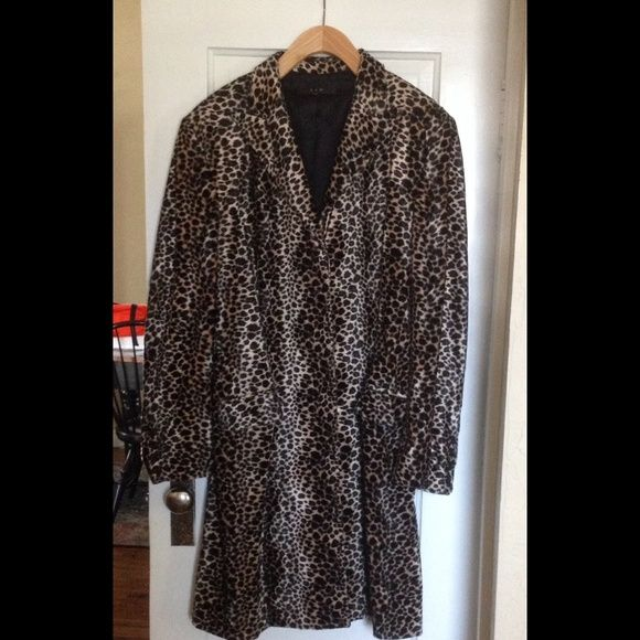 Great faux fur coat. Fully lined beautiful faux fur coat. S & D Jackets & Coats