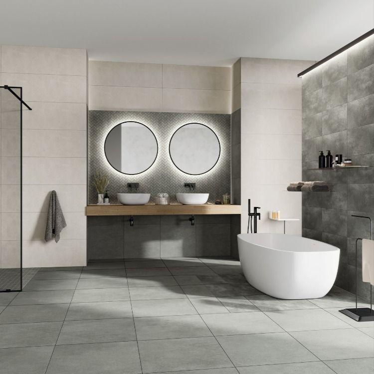Stilvolles Badezimmer Zum Wohlfuhlen L Traumbad L Grosse Spiegel Runde Badezimmerspiegel Badezimmerspiegel Bad Fliesen
