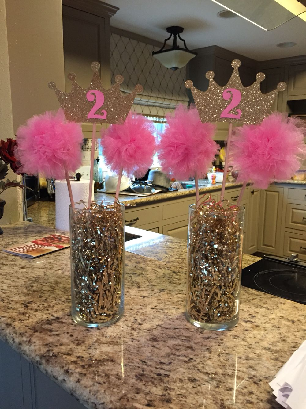 Pink gold princess birthday party centerpiece party for Net decoration ideas