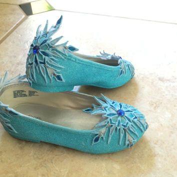 3cc78b2a7 diy elsa shoes - Google Search | FrozenParty | Kids elsa costume ...