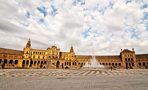 Plaza de España en Sevilla   Barcelona Airport Private Arrival Transfer Excursions in Barcelona Holidays in Barcelona Sightseeing tours, airport transfers, taxi, interpreter and your personal guide in Bar