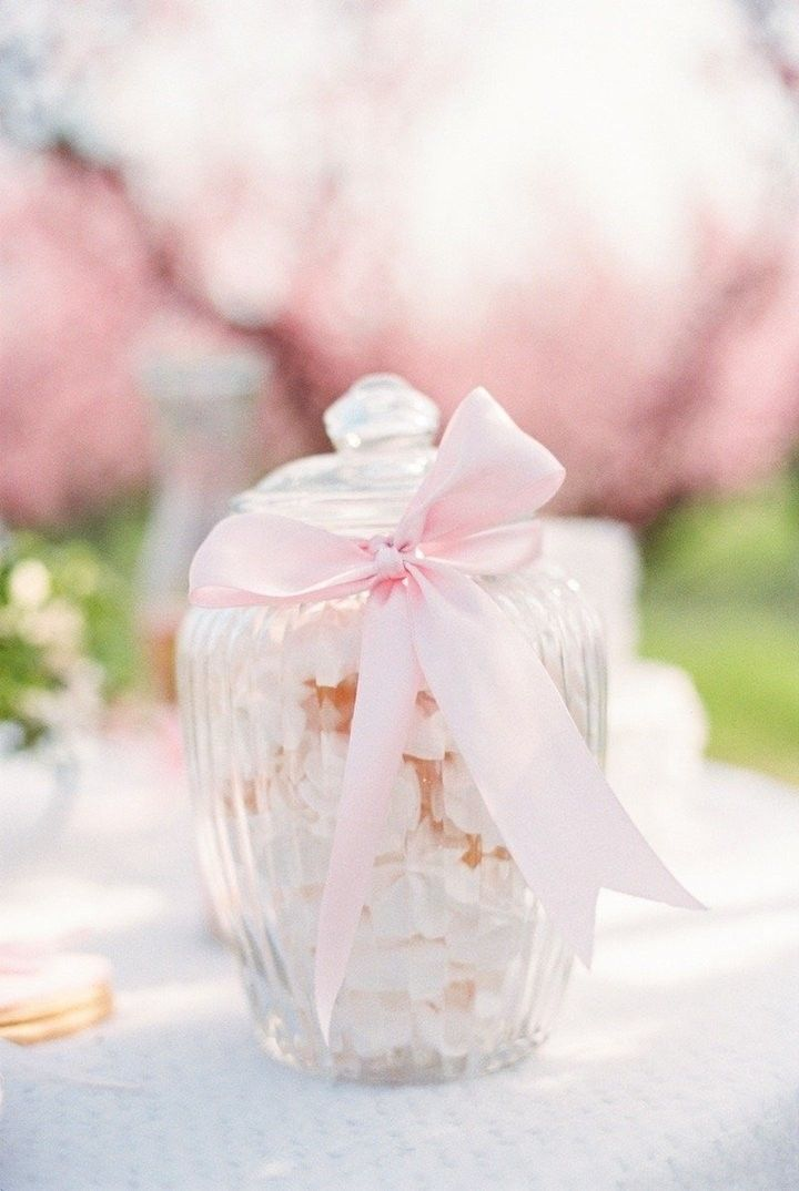 Wedding Favor Idea Photo Bell Studio Esther Gabe