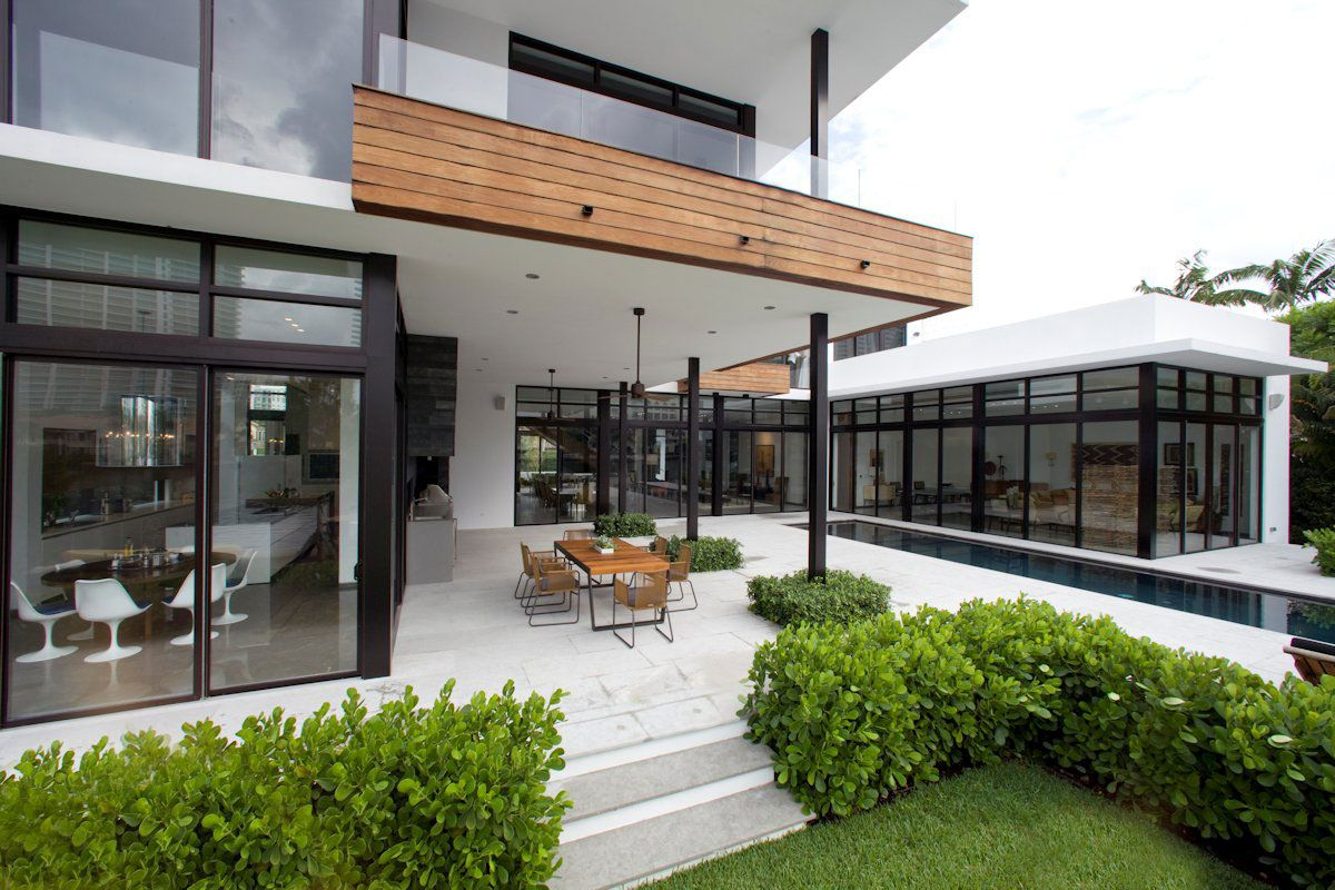 Pool Terrace Dining Table Modern Home In Golden Beach Florida