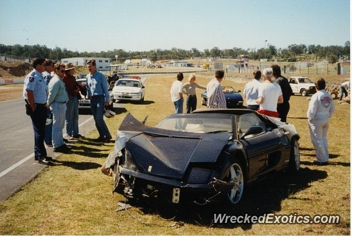 Ferrari F355 Crashed In Brisbane Australia Car Crash Ferrari Australia