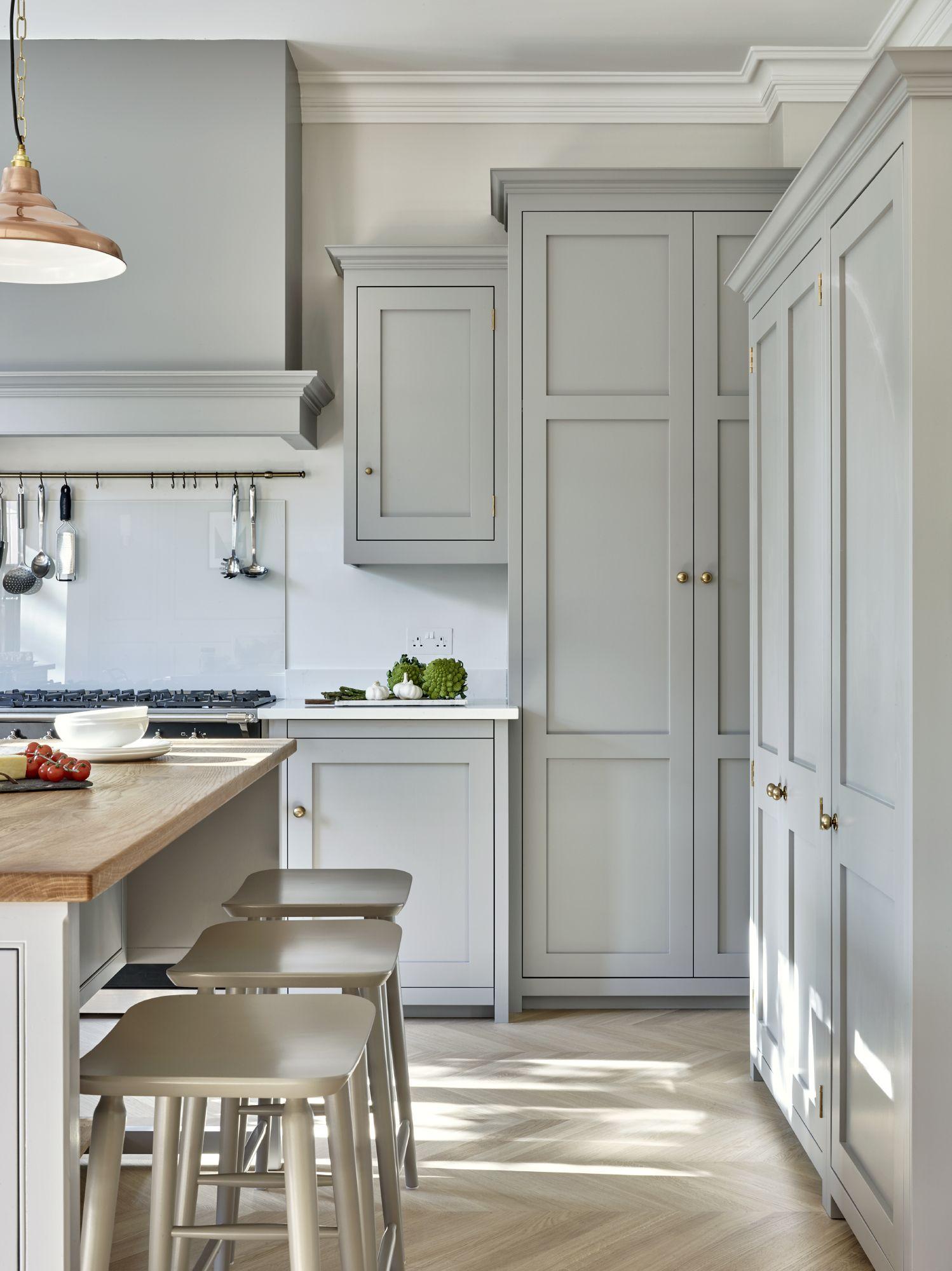 Photo of Surbiton Kitchen – Luxury Fitted Kitchens in Surrey