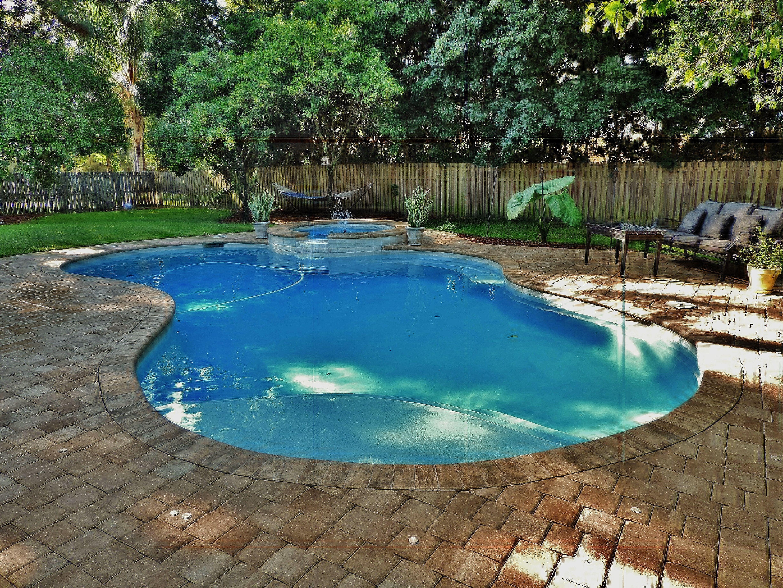 Kerry Martin Pool Builders Inc