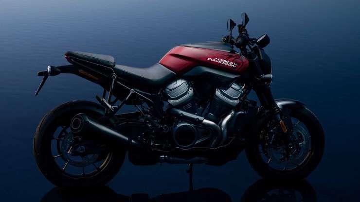 2021 Harley Davidson Bronx Rideapart Com Copyright In 2020 Harley Davidson Harley Harley Davidson Baggers