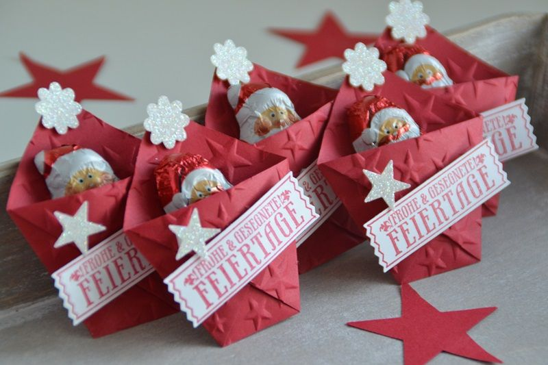 Stampin' Up!, SU, Kreativ mit Liebe!, Gaästegoodies, Weihnachten, kleine Verpackungen, Goodies, Gutscheinaktion, Stempelset Nostalgische Weihnachten, Stanze Abreißetikett, Glitzerpapier Diamantgleißen, Umschlagpapier in glutrot, Stanze Boho Blüten #nikolausgeschenkkollegen