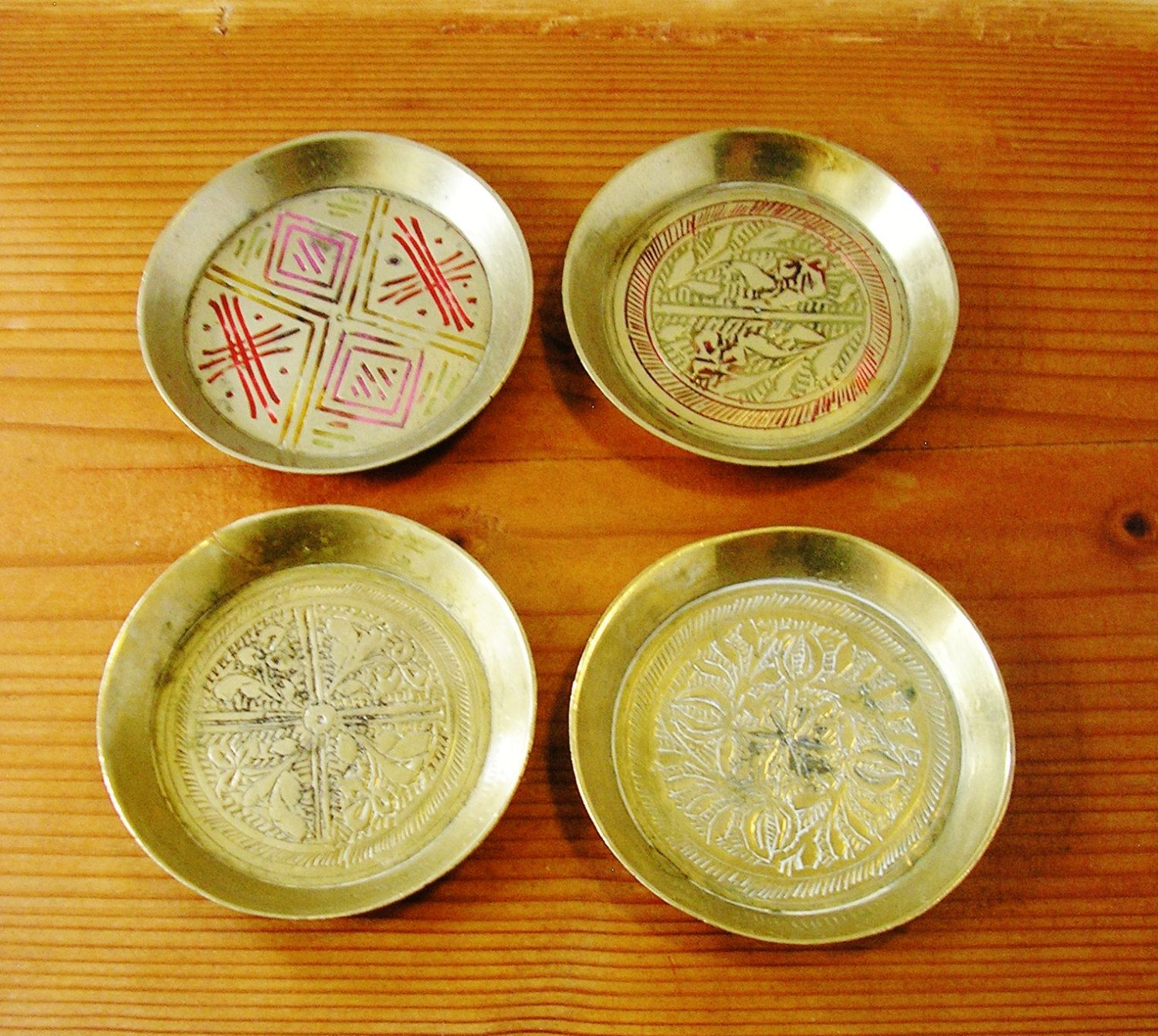 4 Vintage decorative brass trinket dishes plates tray from Congress ...