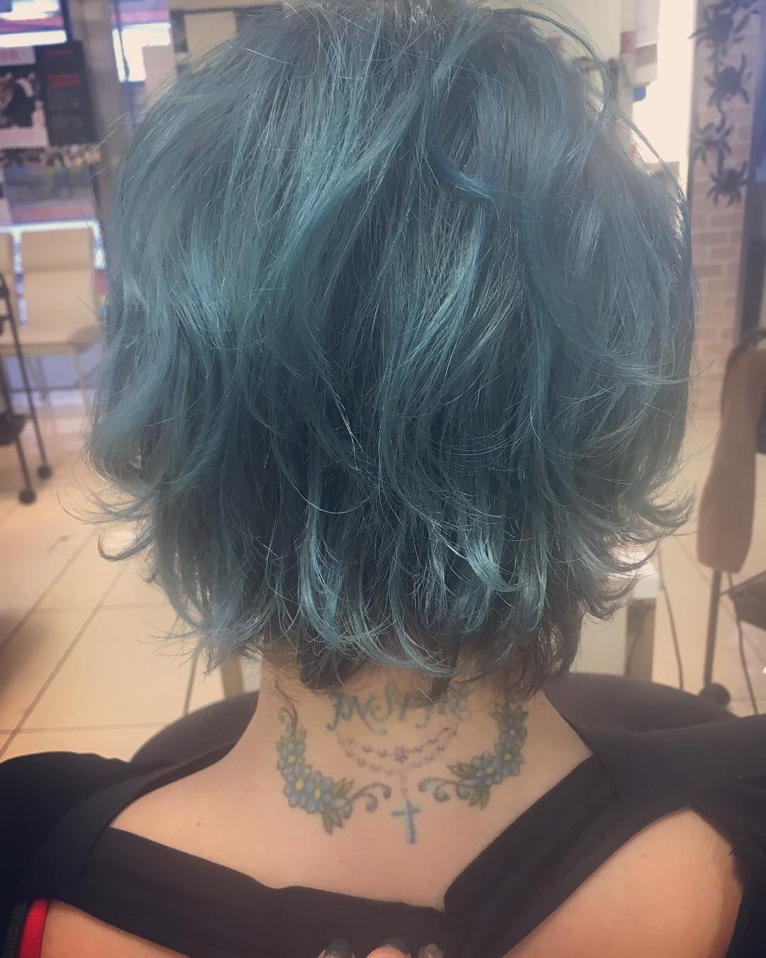 ターコイズブルー Tattooの色と同じカラー いつもありがとうござい