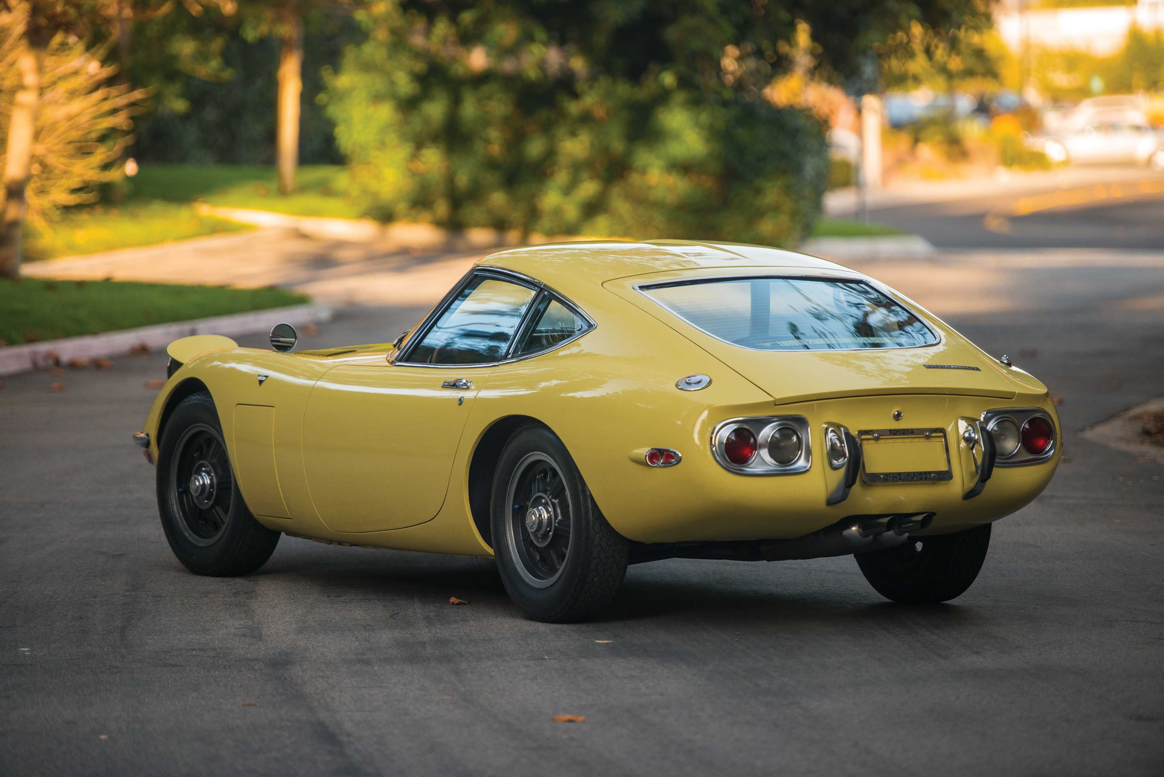 The First Japanese Supercar Classic Cars Toyota 2000gt Classic