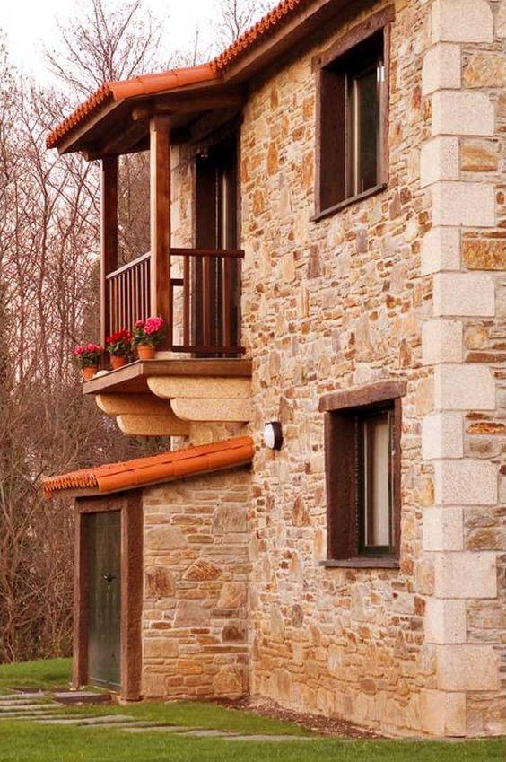 05 fachada de casa rustica en piedra k yde in 2019 for Casa moderna rustica