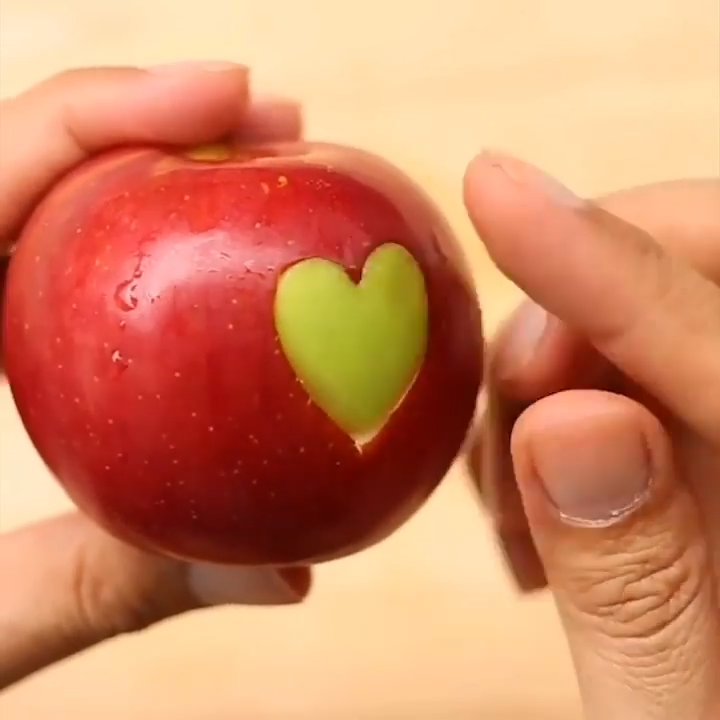 Photo of Surprise someone special with these cute food hacks!