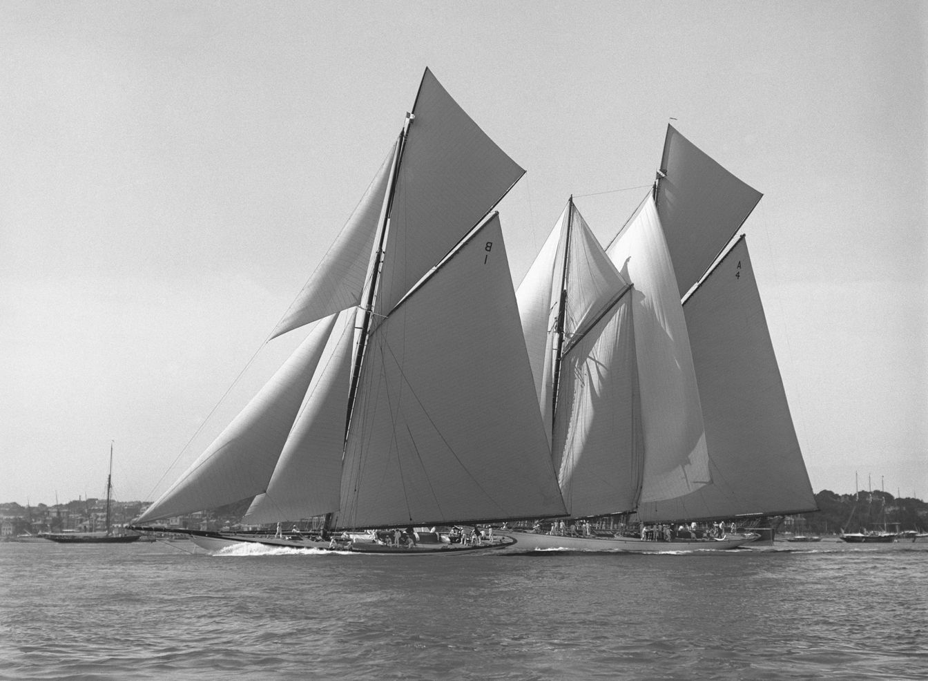 Beken of Cowes - Waterwitch