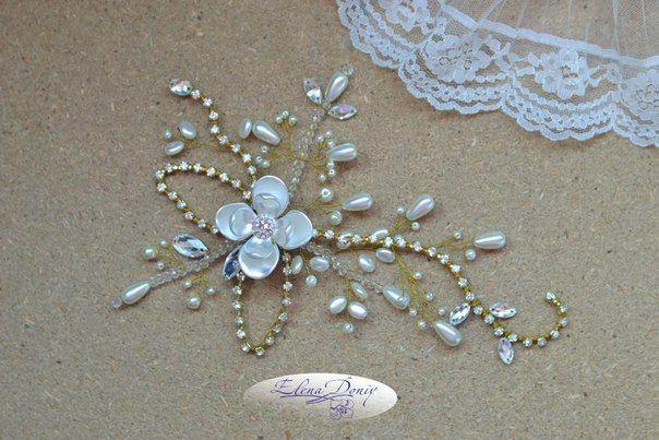 Bridal Collection.#Gold  #pearl #crystal #leaf #WeddingJewelry #elegant #unique