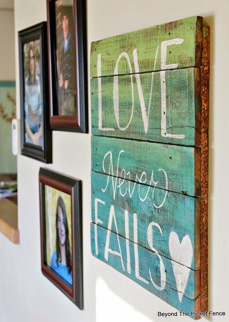20 Amazing Diy Pallet Wall Art Ideas That Will Elevate Your Home Decor Pallet Wall Art Pallet Signs Diy Diy Pallet Wall Art