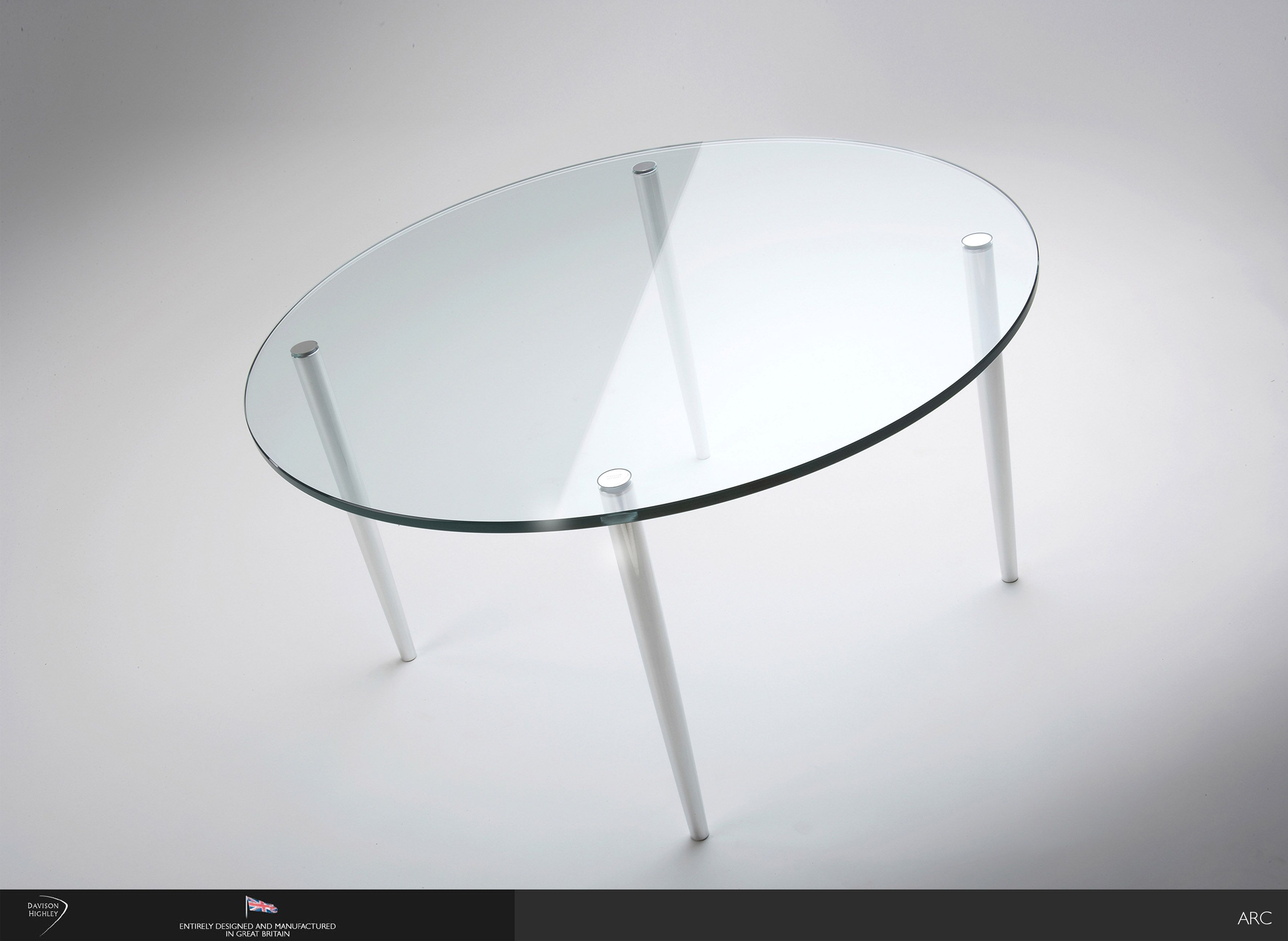 Segis Sedie ~ Always chairs on 4 straight legs side by side our frog table