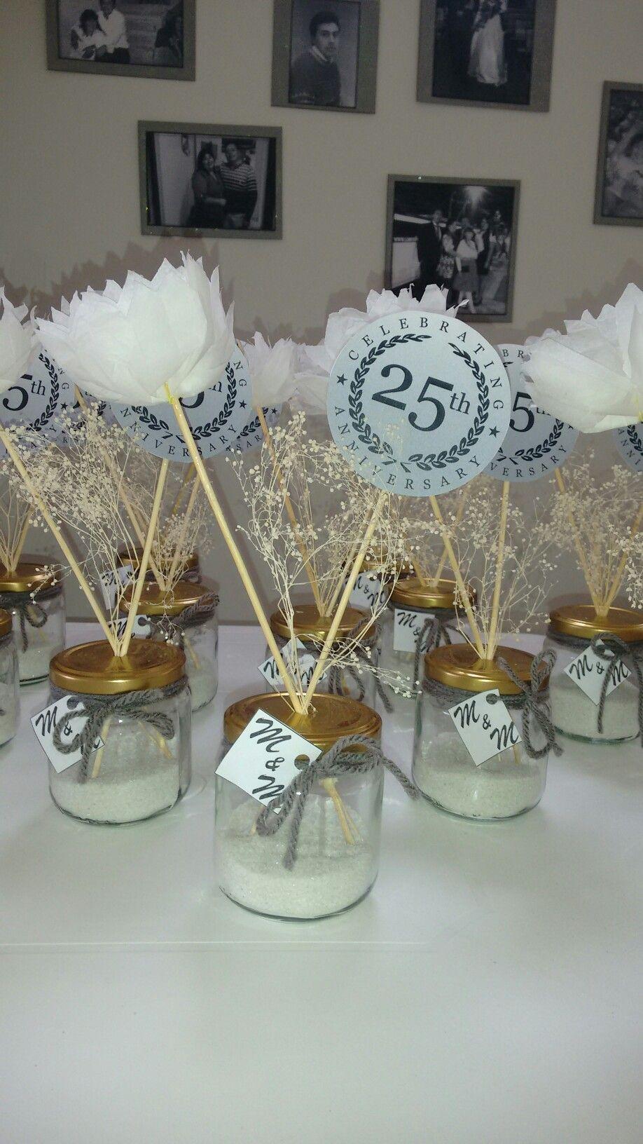 Centros de mesa bodas de plata ideas para fiesta Adornos para bodas de oro