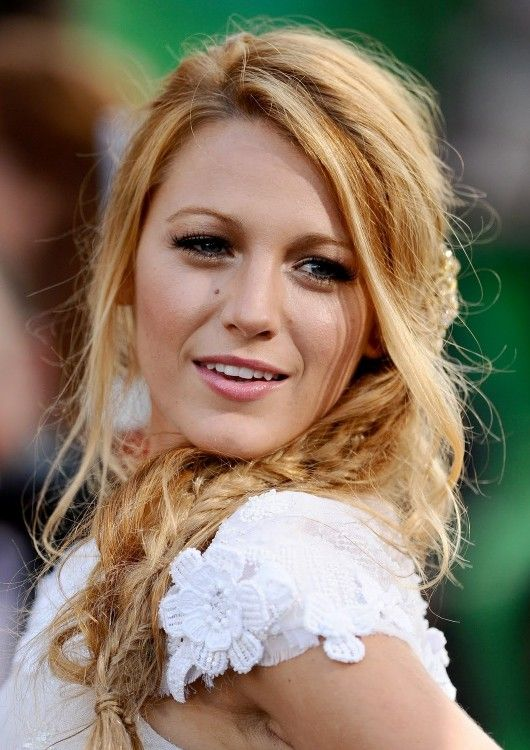 Fabulous Blake Lively Messy Side Fishtail Braid Hairstyle Coiffures Hairstyles For Men Maxibearus