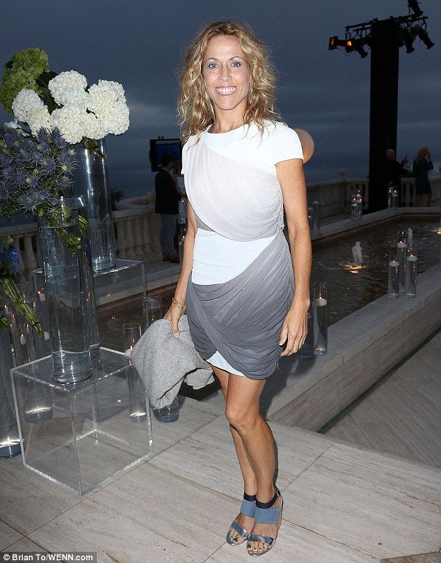 Strong in body and soul! Sheryl Crow, 51, shows off her