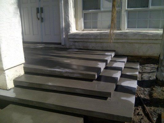 Forming The Floating Concrete Steps Yelp Concrete Steps | Floating Concrete Steps Designs | Exterior | Landscape | House | Sidewalk | Cement