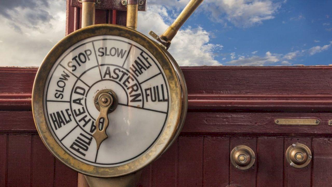 مقياس سرعة السفن Wood Watch Ship