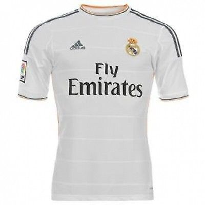 wholesale dealer 33f3b 8382d Pin by Hamza Warraich on a | Real madrid football kit, Real ...