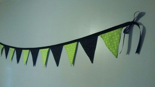 https://m.facebook.com/TheCoasterSewster/ Medium Size Fabric Pennant 10ft Banner with #Itworks theme