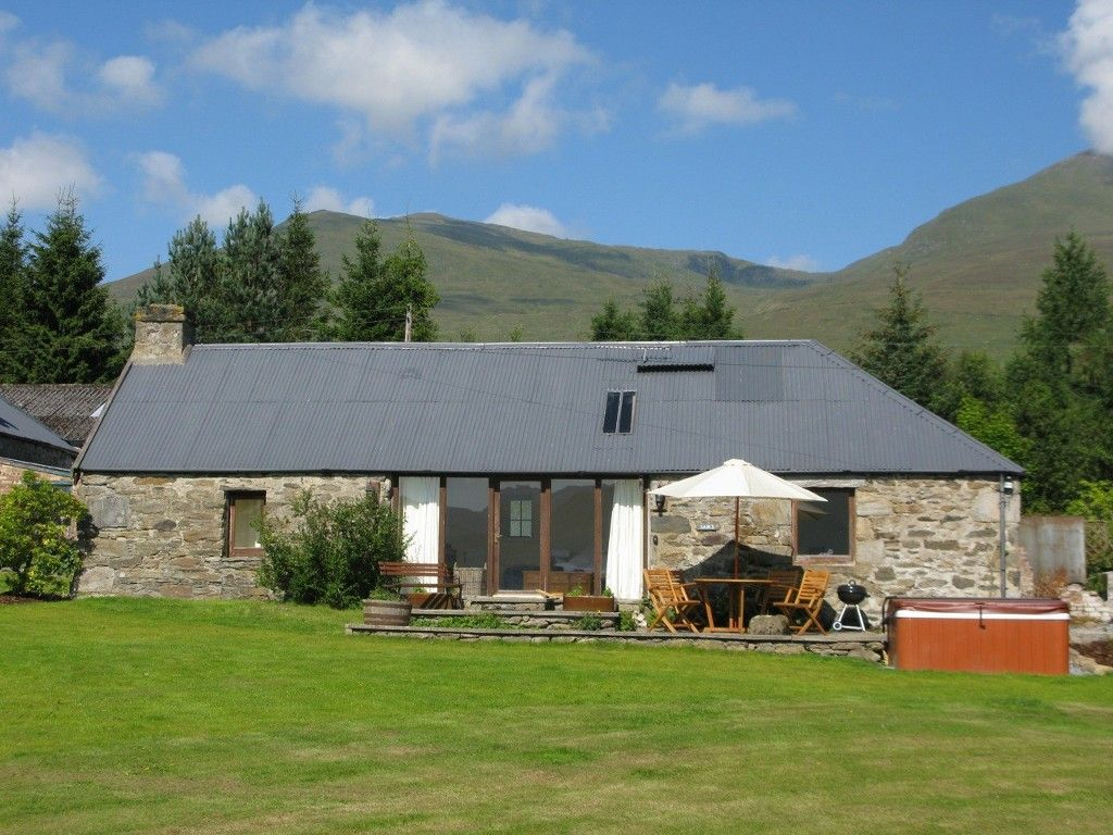 sams cottage beautiful converted steading in scottish highlands