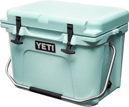 Yeti Roadie 20 Cooler Seafoam Yeti Roadie Yeti Cooler Work Site