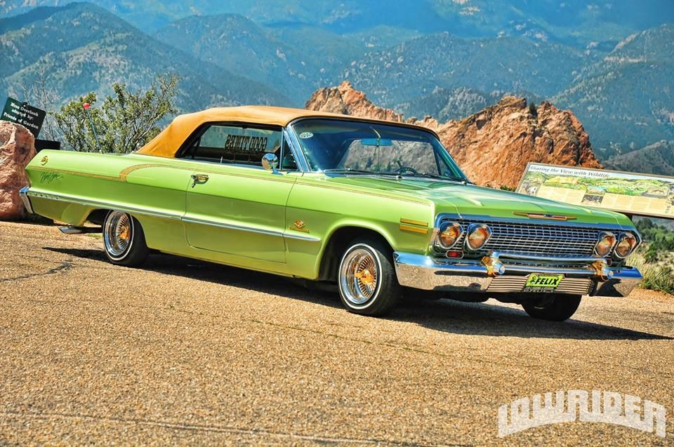 Green convertible 1963 Chevy Impala Lowrider Hydraulic
