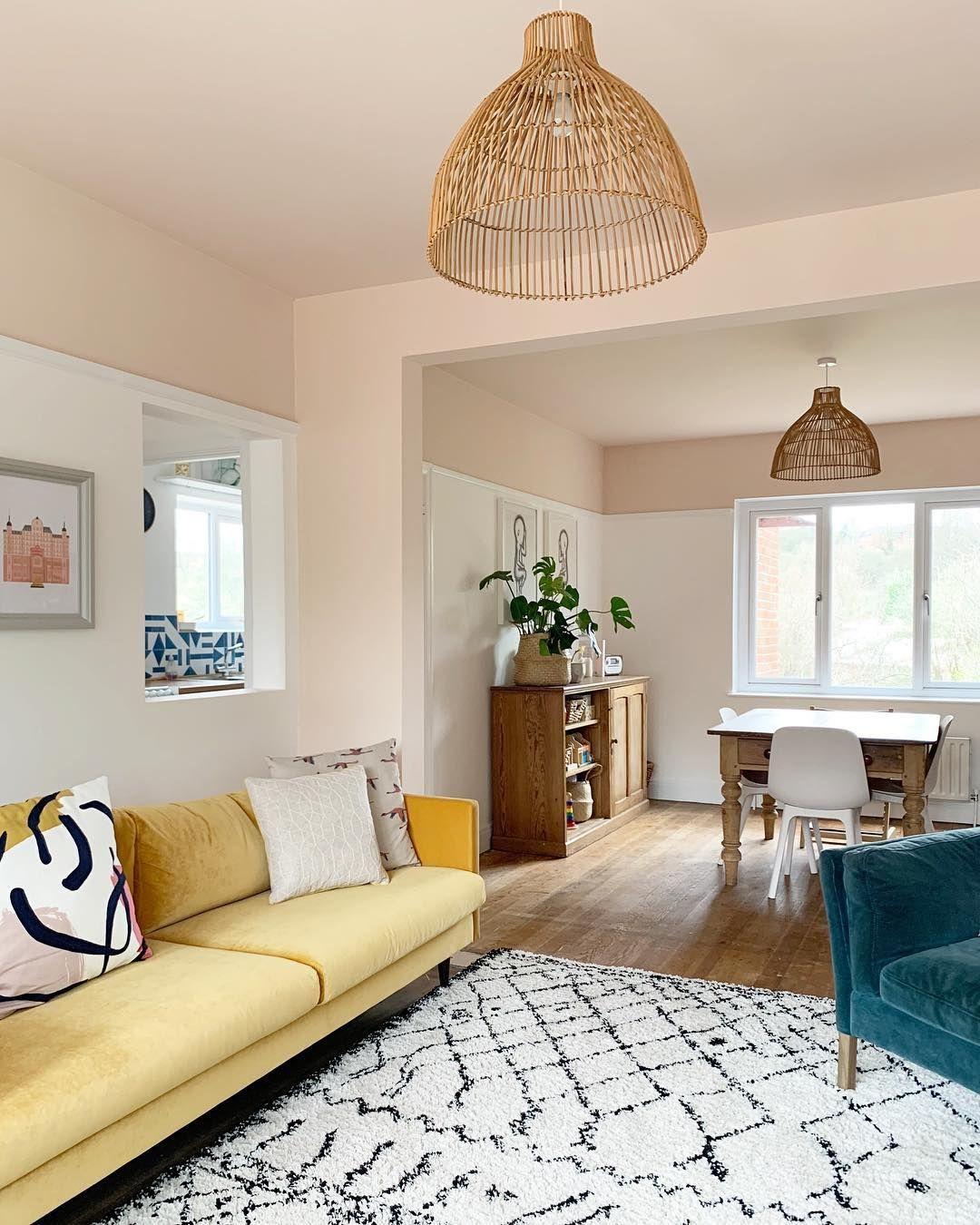 Living Room Area Imut Nan Sederhana Tempat Canda Tawa Bersama Keluarga Semoga Terinspirasi Ya Home Room Design Indian Home Interior Living Room Interior