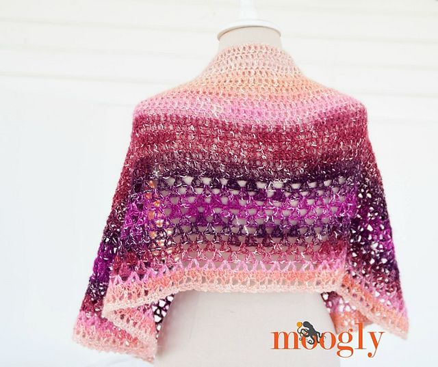 Ravelry: Amelia Shawl pattern by Tamara Kelly | Crochet | Pinterest