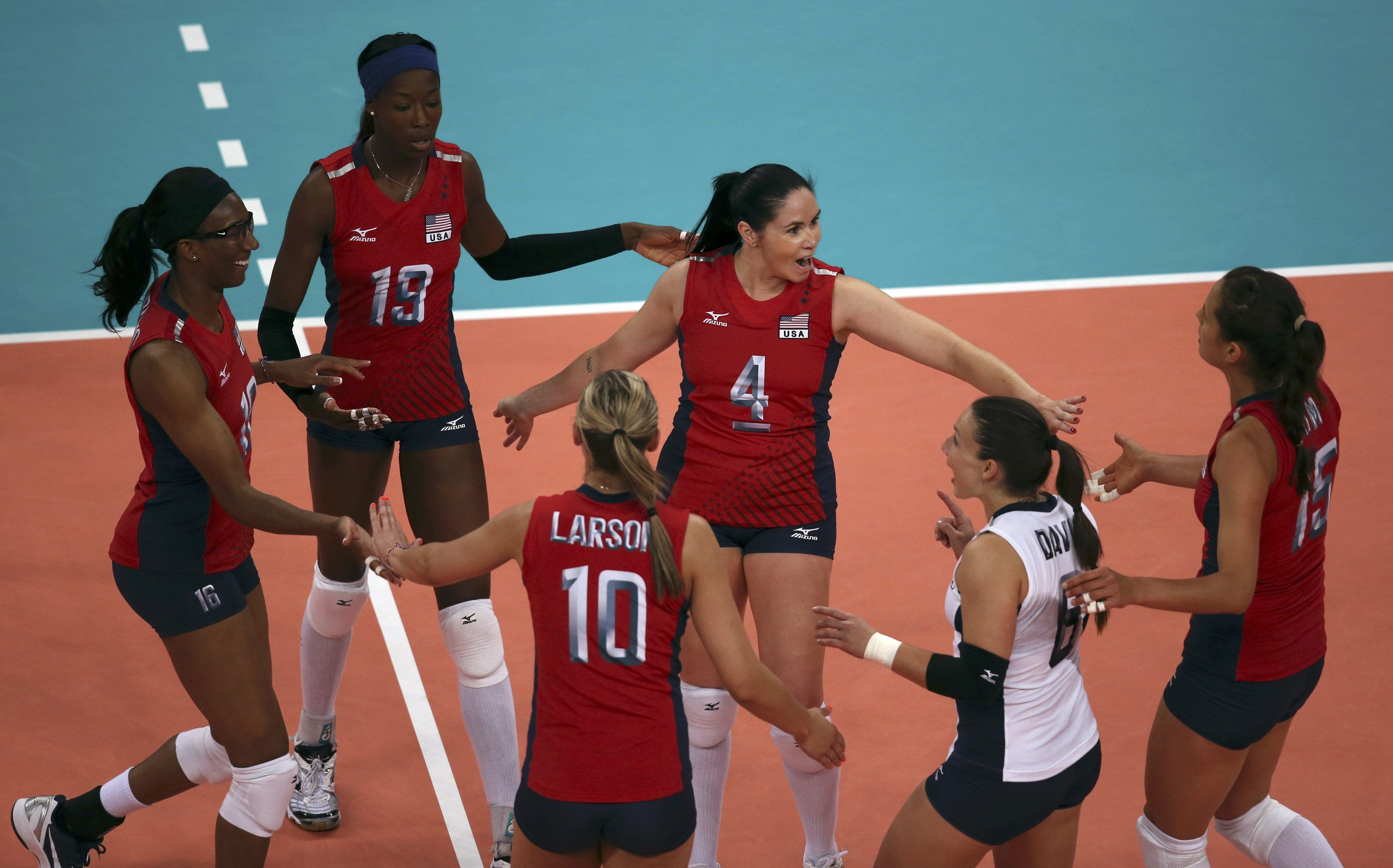 Our Women S Volleyball Team Is Amazing 3 Usa Volleybal
