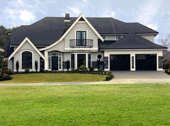 Gray exterior house elegant home with dark accent minneapolis painting company for the for Accent colors for gray exterior