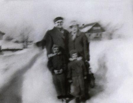 Gerhard Richter, Familie im Schnee (Family in the Snow) 1966, 53 cm x 70 cm, Oil on canvas