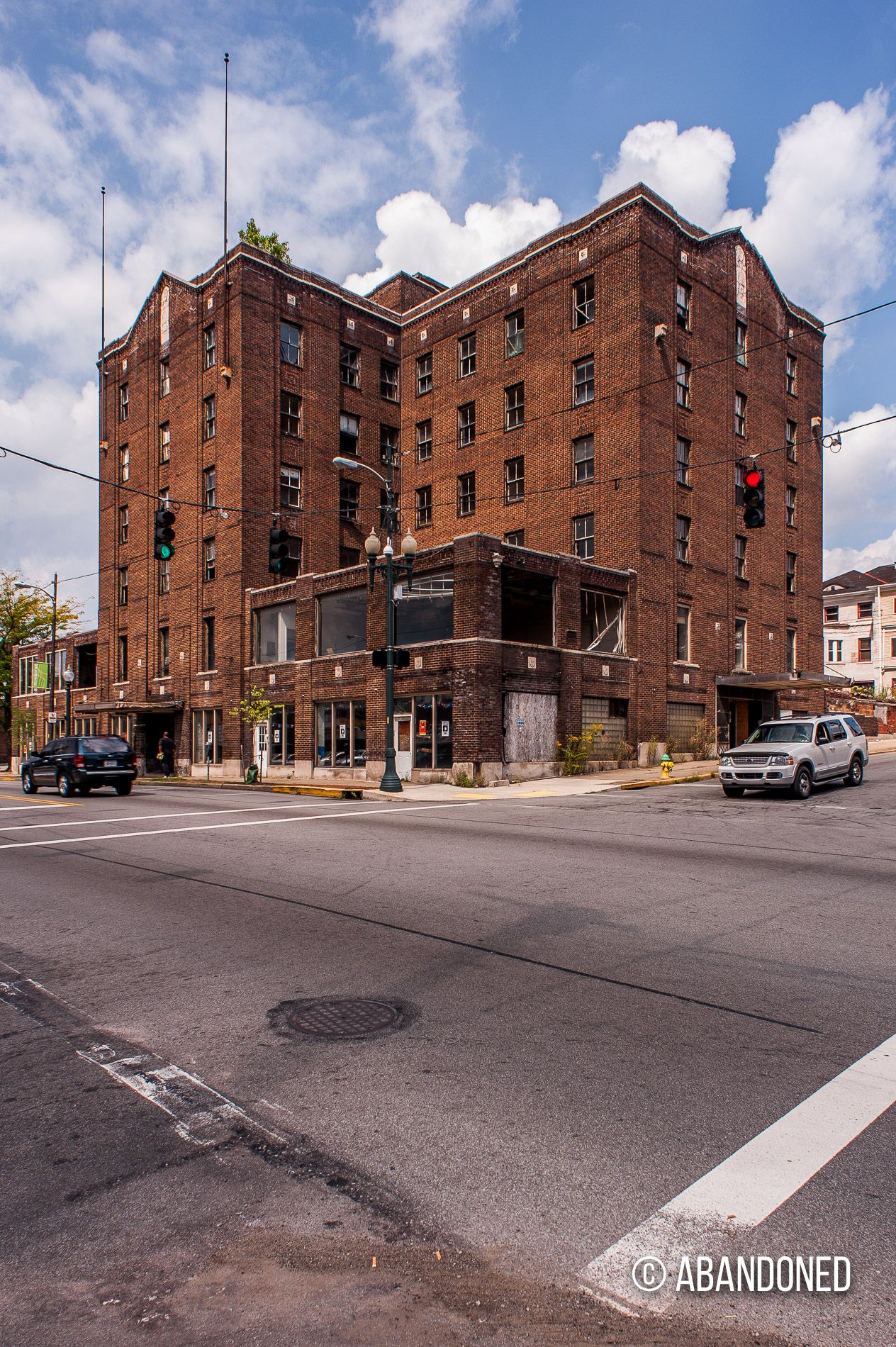hotels connection watson article lincoln with will william hotel to talking boast ar in il sign s pittsfield