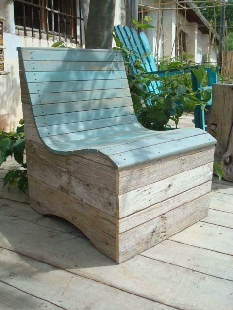 fauteuil, canapé, banquette en planches de bois flotté, bois ...