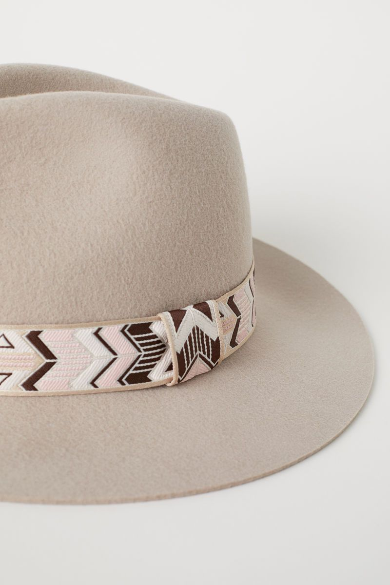 a184d81ca Felted Wool Hat   Beige   DIVIDED   H&M US   Stagecoach   Hats, H&m ...
