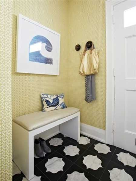 Entrance way Radiator cover and decor | Home design | Pinterest ...