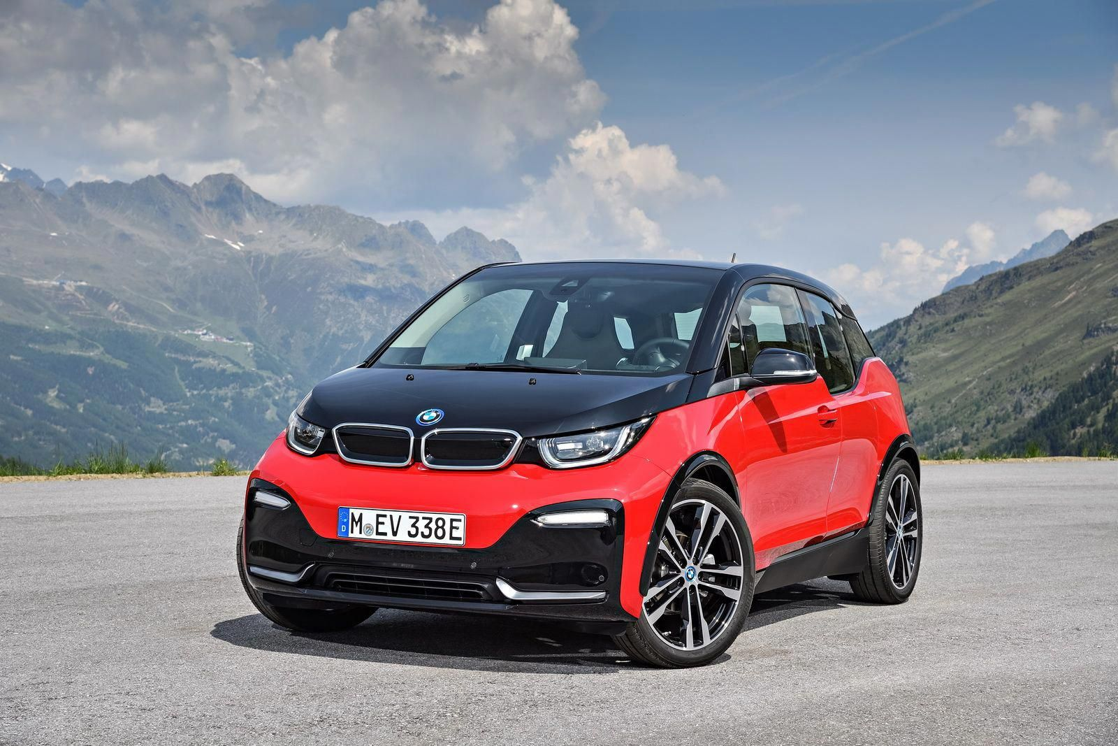 Facelifted 2018 Bmw I3 And Sportier I3s On Sale In The Uk From
