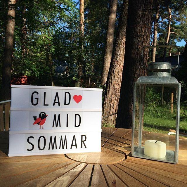 Glad Midsommar! Wir wünschen Euch ein tolles Fest mit unseren neuen Lightboxen von OMM Design und einem super extra Letter Pack als…