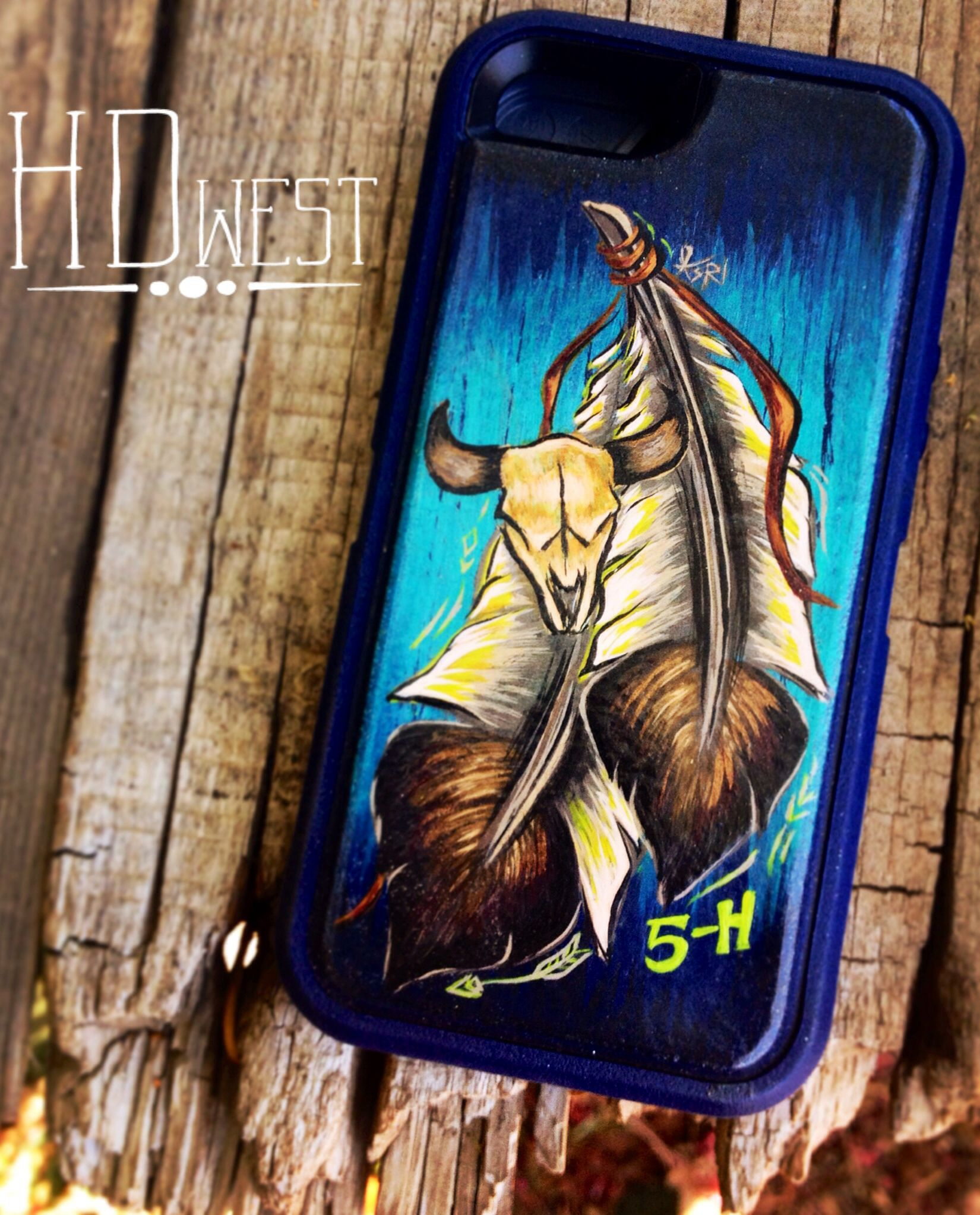 Hdwest leather iphone cover feathers steer skull on