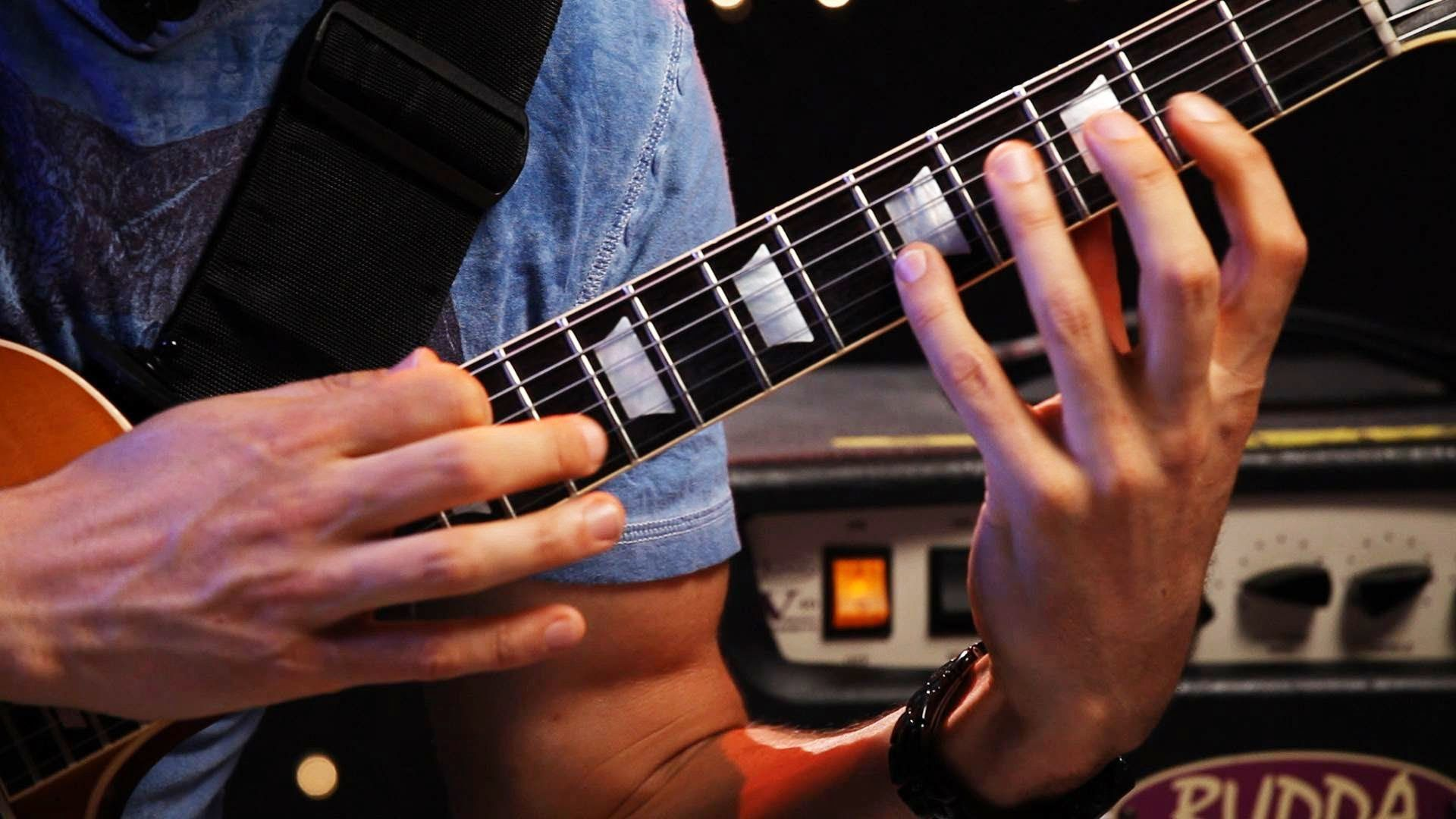 3 Techniques With Two Hand Tapping Heavy Metal Guitar Jimmy
