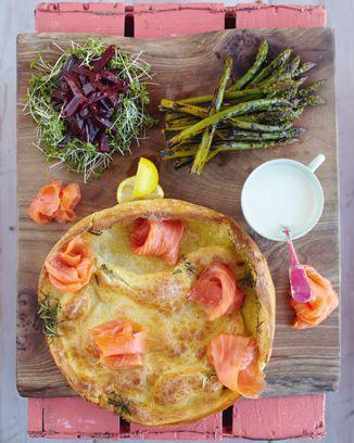 Smoked salmon yorkshire pud beets asparagus jamie oliver explora comidas en 15 minutos y mucho ms forumfinder Gallery