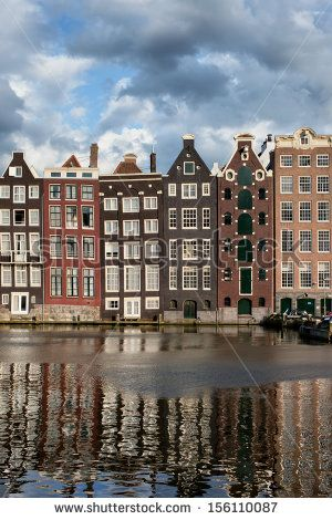 Old Dutch Houses In Delft Row Houses In 2019 Dutch House