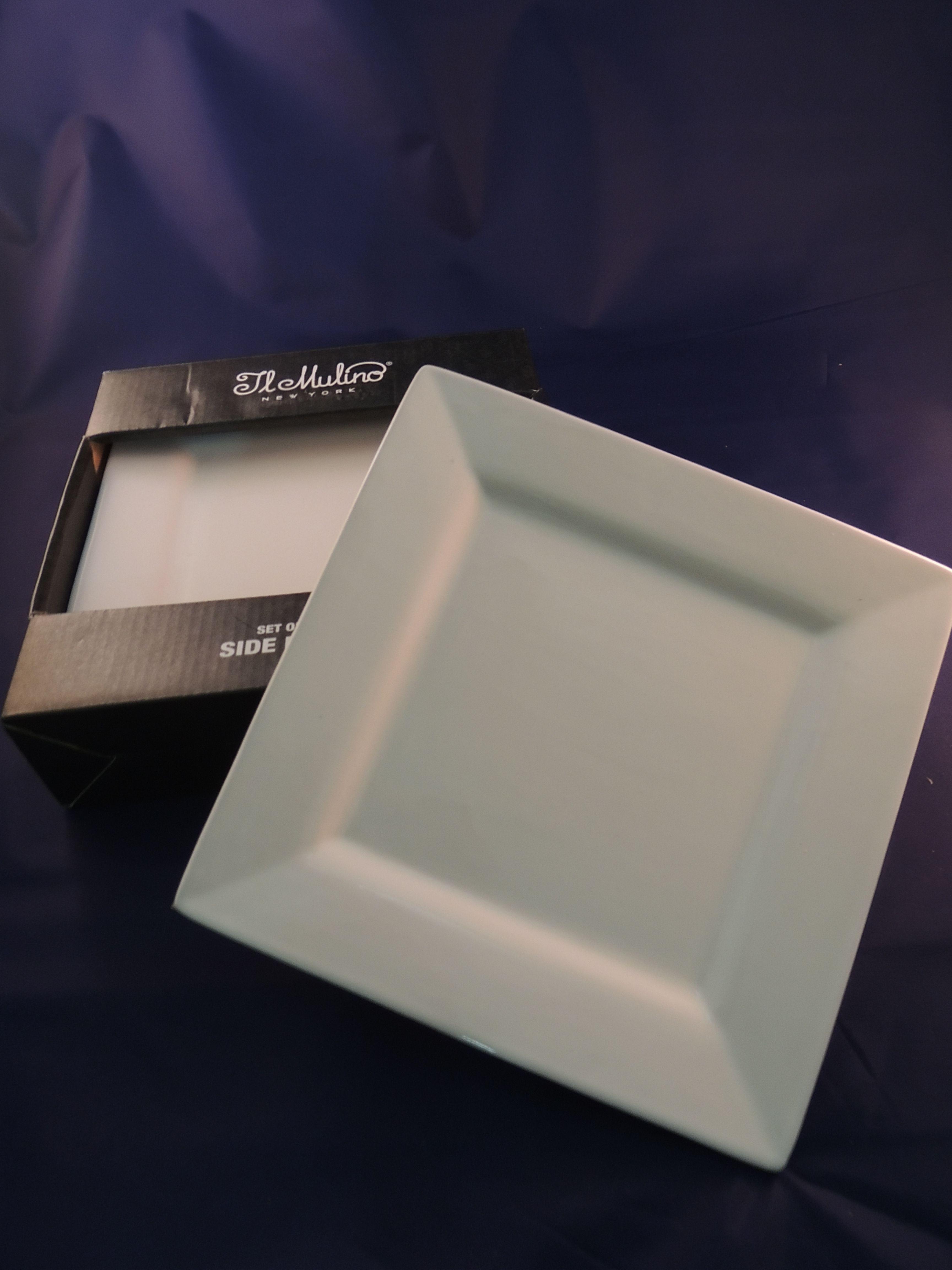 Otros platos cuadrados t j maxx mis utensilios for Platos cuadrados de porcelana
