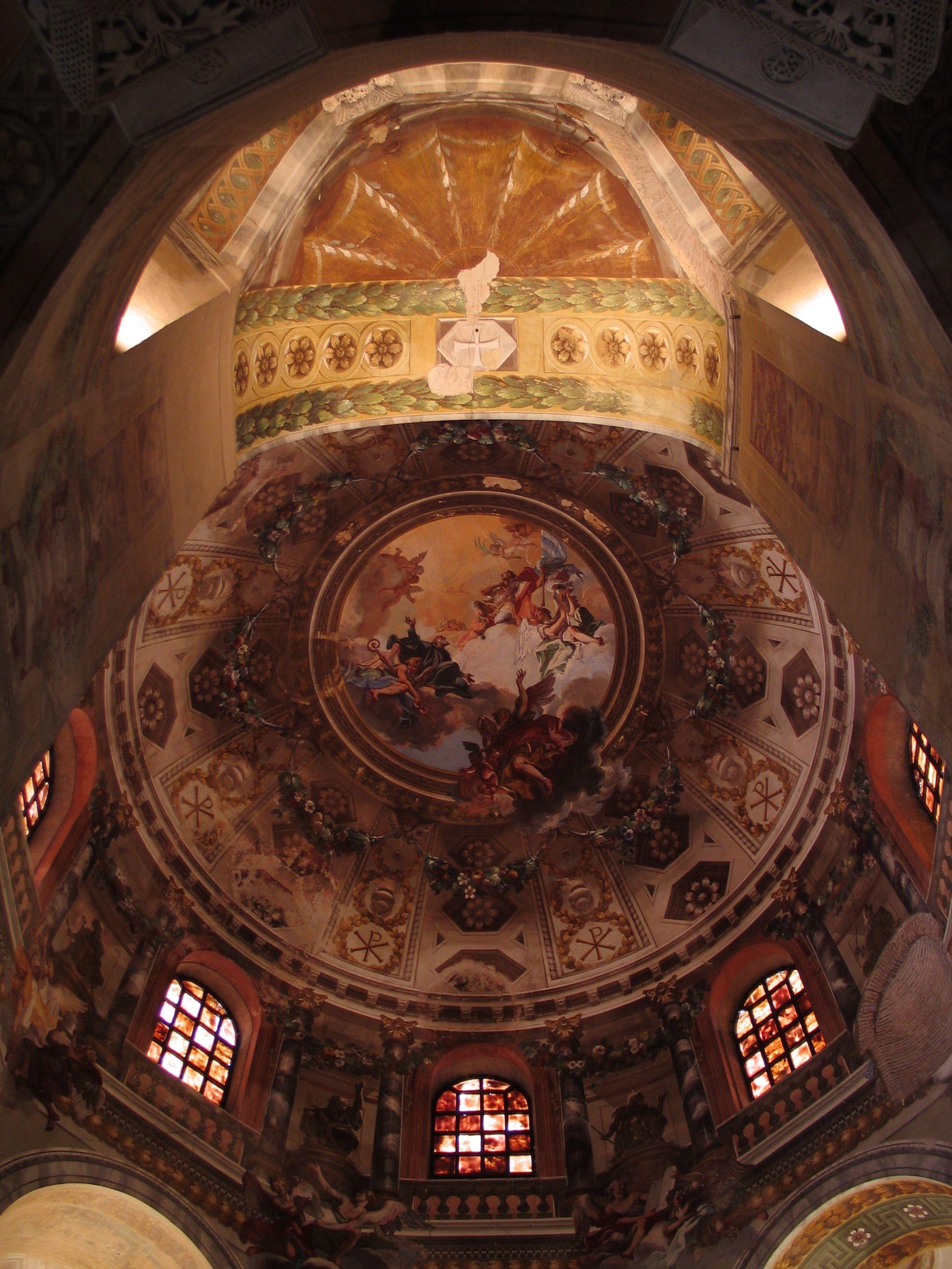 Die Ausgemalte Kuppel Der Zum Unesco Weltkulturerbe Gehorenden San Vitale Aus Dem 6 Jh N Chr In Ravenna Italien Ravenna Byzantine Empire Ravenna Italy