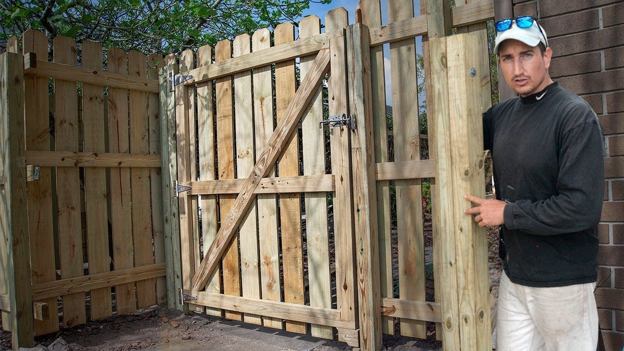 How To Build A Fence Gate Perfect Mount Trick In 2020 Building A Fence Gate Wood Fence Gates Building A Fence
